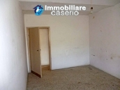 Rustic farmhouse for sale in Torricella Peligna 6