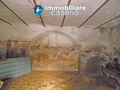 Rustic farmhouse for sale in Torricella Peligna 7