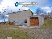 Rustic farmhouse for sale in Torricella Peligna 8