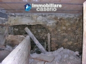 House to be restored with garden for sale in Abruzzo, Italy 11