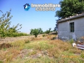 Detached house for sale with land in the country of Montenero di Bisaccia 1