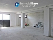 Apartment with garage and garden for sale in Monteroduni, Molise 10