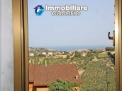 Town house for sale with a fabulous view of the sea in Monteodorisio, Abruzzo 1