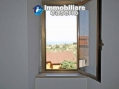 Town house for sale with a fabulous view of the sea in Monteodorisio, Abruzzo 4