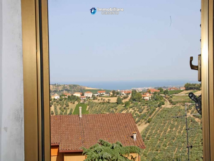 Town house for sale with a fabulous view of the sea in Monteodorisio, Abruzzo