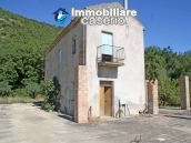 Two buildings with 20 hectares for sale in Gissi, Abruzzo 1