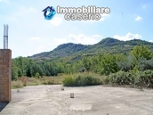 Two buildings with 20 hectares for sale in Gissi, Abruzzo 9