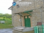 Stone cottage for sale with garden in the green village of Sant'Angelo del Pesco 3