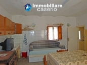 Cottage in the countryside with walnut trees for sale Atessa, Abruzzo 11