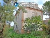 Cottage in the countryside with walnut trees for sale Atessa, Abruzzo 7