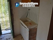 Cottage with land for sale in Casacalenda, Molise 11