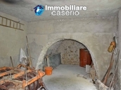 Cottage with land for sale in Casacalenda, Molise 5