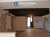Apartment in restored stone wood loft for sale in Civitacampomarano, Molise, Italy 4
