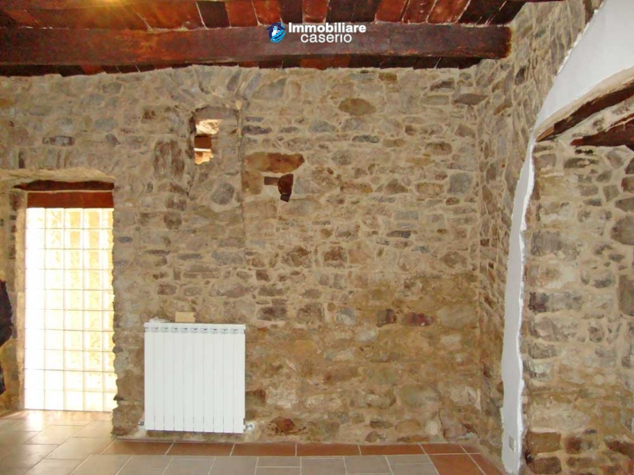 ... Apartment With Stone Interiors, Renovated, Habitable For Sale In  Molise, ...