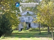 Farmhouse with land and lake for sale in Casoli, Chieti, Abruzzo 10