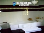 Farmhouse with land and lake for sale in Casoli, Chieti, Abruzzo 8