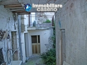 Habitable town house with garden for sale in Castelbottaccio, Molise 5