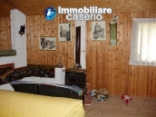 Rustic town house habitable and with garden and outbuilding for sale Isernia-Molise 10
