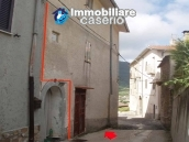 Rustic town house habitable and with garden and outbuilding for sale Isernia-Molise 15