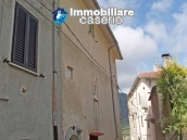 Rustic town house habitable and with garden and outbuilding for sale Isernia-Molise 16
