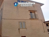 Rustic town house habitable and with garden and outbuilding for sale Isernia-Molise 17