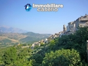 Idyllic town house with lake and mountains views 30km from the sea in Abruzzo 29