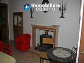 Idyllic town house with lake and mountains views 30km from the sea in Abruzzo 3