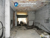 Villa with land for sale near the center of Campobasso, Molise 25