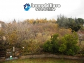 Villa with land for sale near the center of Campobasso, Molise 26
