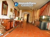 Villa with land for sale near the center of Campobasso, Molise 9