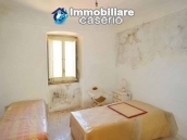 House for sale, low price, located in the village of Tufillo, Chieti  9
