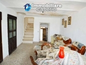 House for sale, low price, located in the village of Tufillo, Chieti  6