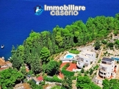 Villa with swimming pool for sale in Dubrovnick, Croatia 1