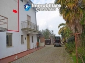 Rural house habitable for sale with 2 hectares in Canosa Sannita, Chieti, Abruzzo 1