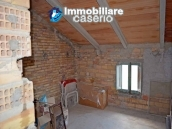 Rural house habitable for sale with 2 hectares in Canosa Sannita, Chieti, Abruzzo 14
