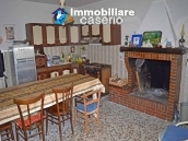 Rural house habitable for sale with 2 hectares in Canosa Sannita, Chieti, Abruzzo 4