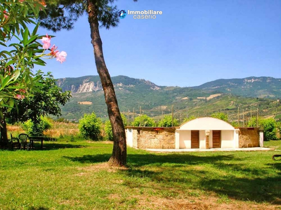 Apartment for rent holiday home in national park for Rent a home in italy