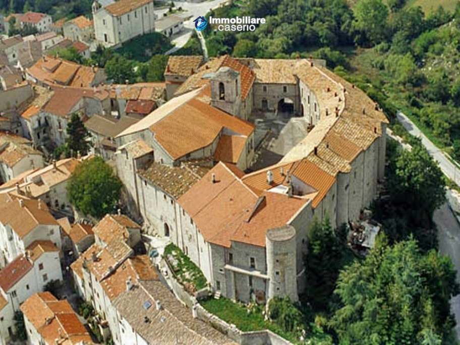 Rustic  town house for sale in Molise – Property Italy