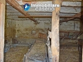 Rustic brick house for sale in Torino di Sangro, Chieti  4
