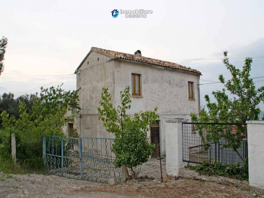 Indipendent rustic cottage sea view  for sale in Abruzzo