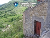 Village house with depandance for sale in Abruzzo, Italy 11