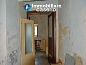 Big town house with land for sale in Casalanguida, Abruzzo 4
