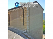 Renovated and furnished house for sale in Carunchio, Abruzzo 5