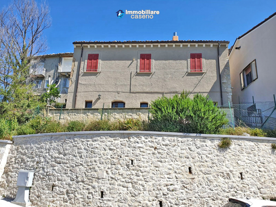Renovated and furnished house for sale in Carunchio, Abruzzo