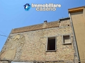 Spacious habitable town house for sale in Casalanguida, Abruzzo 33