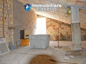 Spacious habitable town house for sale in Casalanguida, Abruzzo 9