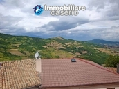 Spacious house with garage for sale in Montazzoli, Abruzzo 1
