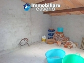 Spacious house with garage for sale in Montazzoli, Abruzzo 10