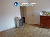 Spacious house with garage for sale in Montazzoli, Abruzzo 11