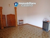 Spacious house with garage for sale in Montazzoli, Abruzzo 12